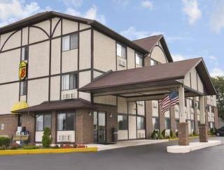 Super 8 Motel - Woodstock
