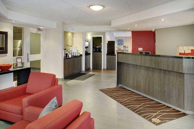 Comfort Inn East, 1252 Michael St,