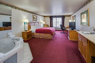 Country Inn & Suites…, South Elmhurst Road,2200