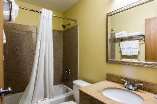 Quality Inn Newport…, 945 J Clyde Morris Blvd,