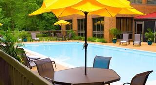 Days Hotel Williamsburg Busch Gardens Area