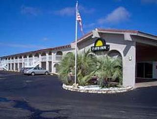 Days Inn San Antonio Lytle