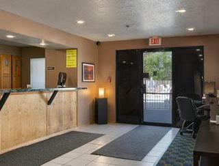 Super 8 Motel - Phoenix/mesa/gilbert Road