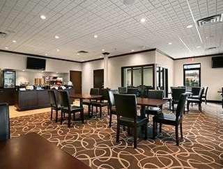 Vancouver Hotels:Ramada Inn Pitt Meadows