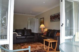 Como Bed & Breakfast, Bickley Cres ,2a