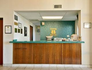 Super 8 Motel Conway