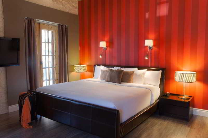 Quebec Hotels:Le Port-Royal