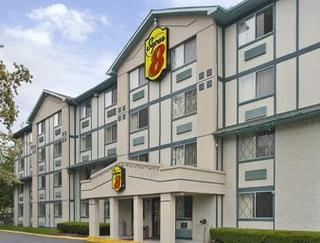 Super 8 Motel - Stamford/New York City Area