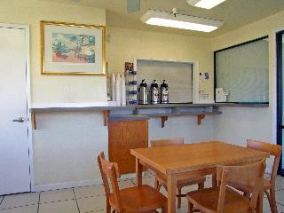 Motel 6 Dunnigan, County Road 89 3930,3930