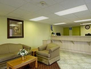 Days Inn & Suites Springfield On I - 44