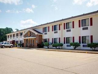 Super 8 Motel - West Plains