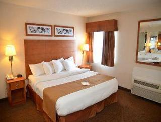 Baymont Inn & Suites Port Huron