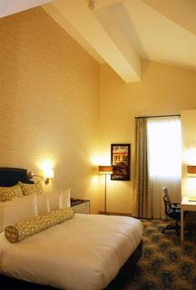 Hotel Skyler Syracuse, Tapestry Collection By Hilt