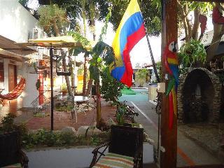Nueva Granada, Calle 12,3-17