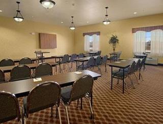 Days Inn & Suites Wichita Falls