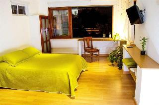 Casa Verde Hotel, Calle 18 10-70,10-70