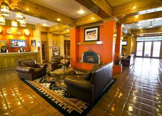 Villas de Santa Fe, 400 Griffin St,