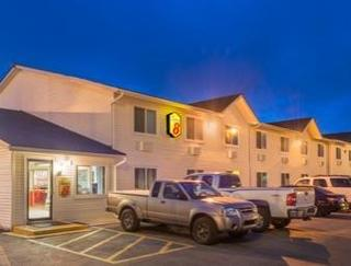 Super 8 Motel - Sheridan