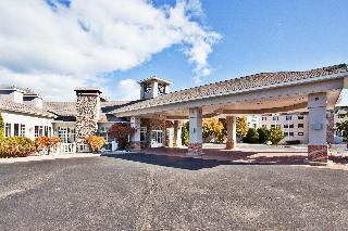 Holiday Inn Express St. Ignace - Lake Front