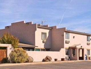 Super 8 Motel - Taos