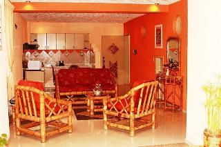 Chez Elena Guest House, Gonzalo Escudero ,s1-412