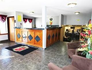 Super 8 Motel - Topeka/wanamaker Rd/i - 70