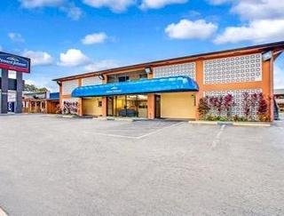 Howard Johnson Tampa Airport/Stadium