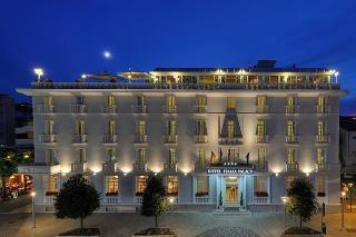 Italia Palace, Viale Italia ,7