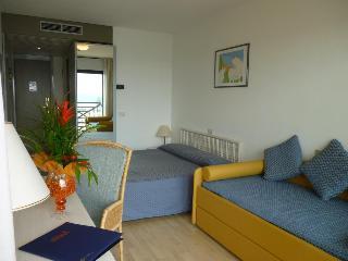 Hotel Marina Uno, Viale Adriatico,7
