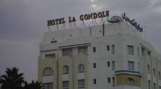 La Gondole, Avenue Hédi Chaker,