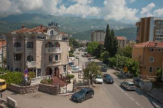 Vila Lux, Jadranski Put Bb,