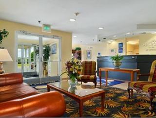 Microtel Inn & Suites Tuscaloosa