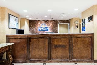 Days Inn & Suites Prattville - Montgomery