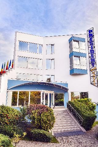 President Hotel, Dinu Lipatti Street 25,25