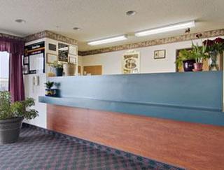 Super 8 Motel - Victoria/north/mall Area