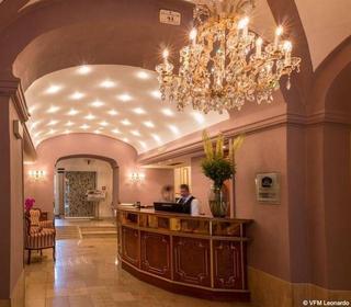 Best Western Premier Schlosshotel Römischer Kaiser