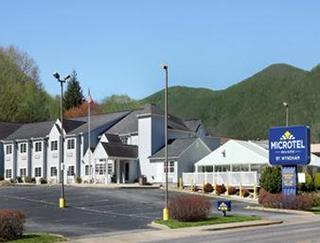 Microtel Inn and Suites Maggie Valley