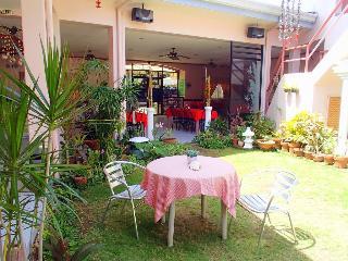 Tropical Sun Inn - Generell