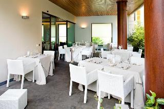 Hotel Lamberti, Via Gramsci,57