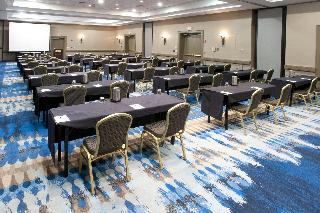 Radisson Hotel & Conference…, 2040 Airport Dr,