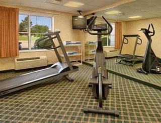 Baymont Inn & Suites Grand Rapids N/walker
