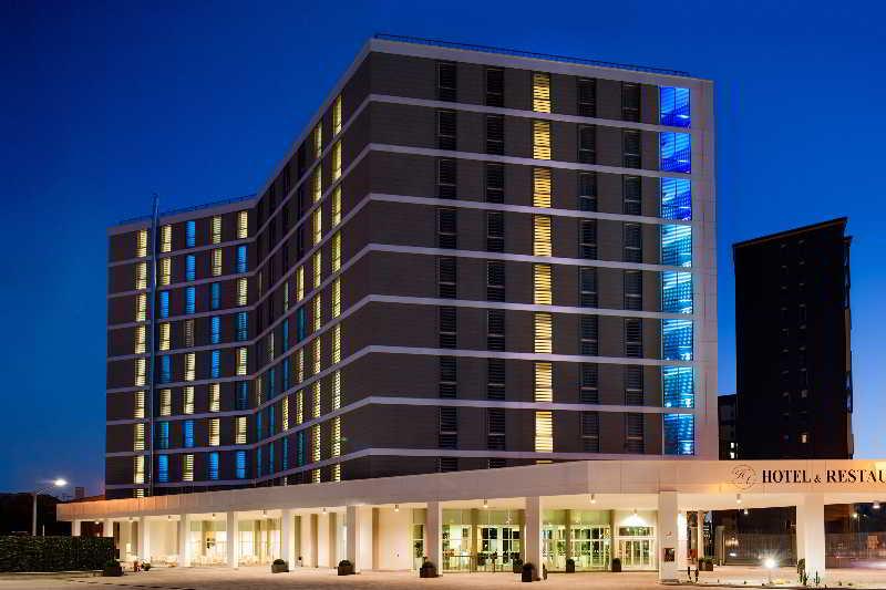 Hotel Degli Arcimboldi, Viale Sarca,336
