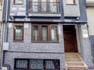 Pera Apartmenthotel