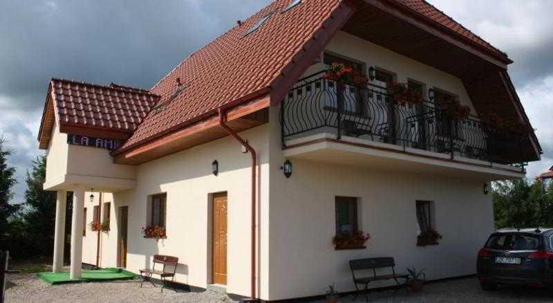 Villa Amber, Osiedlowa,10