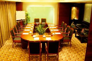 Star City Hotel Zhuhai, Jidajingshan Road,88