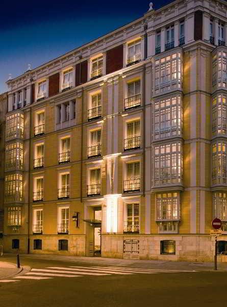 Hoteles en valladolid alojamiento en valladolid - Hoteles con piscina en valladolid ...