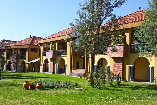 Los Parrales Hotel Resort, Urbanización El Carmen De…