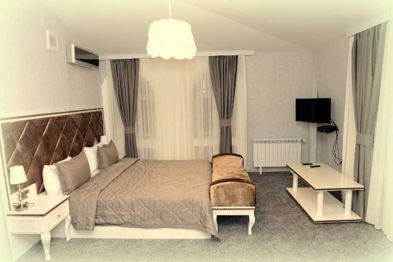 Maestro Hotel - Zimmer