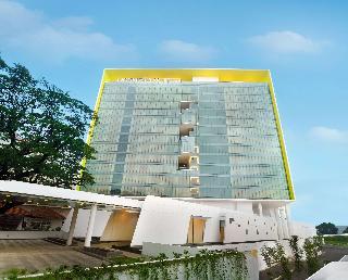 Doubletree by Hilton…, Jalan Pegangsaan Timur No.…