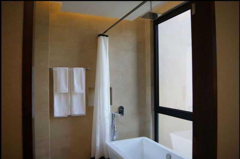 Aqueen Hotel Jalan Besar (SG Clean Certified) - Zimmer